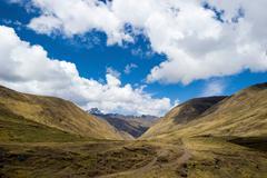 Descent through the Pampas to Punta Carretera in the Urubamba mountain range, - stock photo