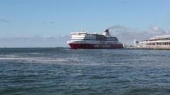 The New Spirit Of Tasmania ship blows whistle Stock Footage