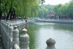 Look at the silver ingot bridge in Beijing, Houhai Lake, overlooking the silver Stock Photos