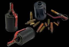 A grenade and bullet Kuvituskuvat