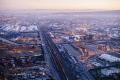Aerial view of oil refinery, evening, Los Angeles, California, USA Kuvituskuvat