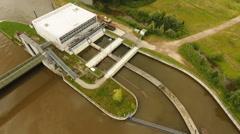 Weir and sluice, River Main - Wehr und Schleuse Kostheim Stock Footage