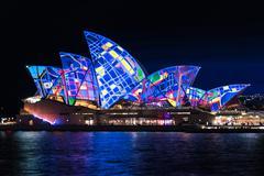 Sydney Opera House illumination Songlines During Vivid Sydney Fe Stock Photos