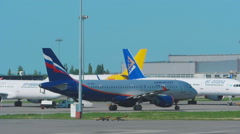 Aeroflot Airbus 320 taxiing Stock Footage