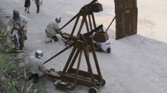 Medieval battle catapult Stock Footage