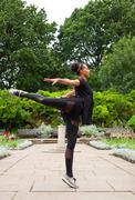Jazz dancer in the park Kuvituskuvat