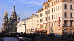 Tourists near the Church of the Savior on Spilled Blood in St. Petersburg. Stock Footage