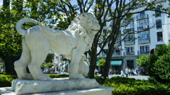 Time lapse of a statue of a lion in Seville, Spain Stock Footage