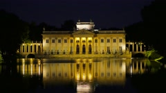 Palace on Water in Łazienki Park, Night, Warsaw Stock Footage