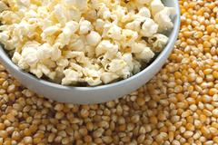 Dried corn beans and pop corn bowl Kuvituskuvat