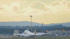 Boeing 747 accelerate and take-off from Frankfurt Stock Footage