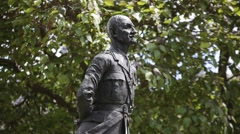 Statue of Jan Smuts on Parliament square in London Stock Footage