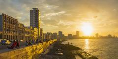 The Malecon, Havana, Cuba, West Indies, Caribbean, Central America Kuvituskuvat