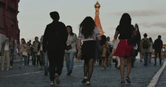 Pedestrians on red square in Moscow Stock Footage