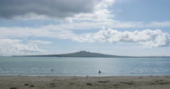 Mission Bay and the waitamata harbour to Rangitoto, Auckland, New Zealand Stock Footage