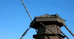 Birds on the old windmill in the Museum of wooden architecture. Suzdal Stock Footage