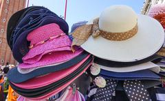 Hat street sale in Venice - VENICE, ITALY - JUNE 29, 2016 Stock Photos