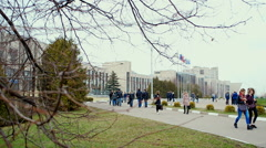 Students go to the building of the University. Stock Footage
