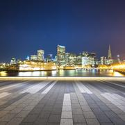 Empty street with cityscape and skyline of san francisco at night Kuvituskuvat