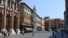 Vicenza - The north-side of the Piazza dei Signori Stock Footage