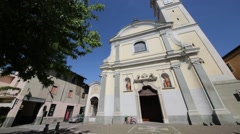 Prople   in italy     ancient   religion  building Stock Footage
