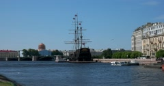 Exchange bridge, Malaya Neva river, sailing ship, Saint Petersburg Stock Footage