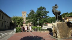 Greve in Chianti, statue to the Black Rooster symbol of Chianti, Tuscany, Italy Stock Footage