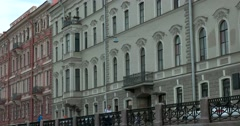 Tour of the canals of Saint Petersburg, Moika river, historic buildings Stock Footage