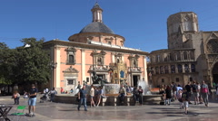 Virgin Square (Plaza de la Virgen) in the center of the old town of Valencia Stock Footage