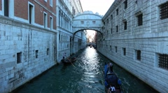 Famous Ponte dei Sospiri in Venice at Doge´s Palace Stock Footage