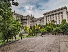 Square Near Horodecki House Chimaeras Kiev Day People Are Walking by the Place Stock Footage