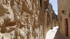 Narrow street in Mdina, Malta. Stock Footage