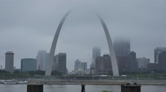 LiVe Shot of Partially Obscured Saint Louis Arch on Dreary Day Stock Footage