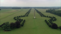 Blenheim Palace And Triumphal Column Stock Footage