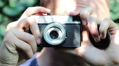 Taking photo with old camera Stock Footage