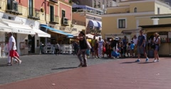 Tourists walking in Capri, Italy Stock Footage