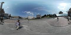 360Vr Video Man Walking Through Monument Arch Maidan Nezalezhnosti Kiev Day Stock Footage