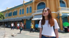 Thai chinese adult girl Denim blue bag travel Travel old local City in bangkok Stock Footage