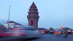TIMELAPSE Independence monument with busy road,Phnom Penh,Cambodia Stock Footage