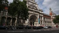 Victoria and Albert Museum: tilt Stock Footage