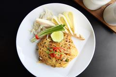 Thai food padthai fried noodle with shrimp Kuvituskuvat