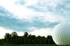 Golf ball on course Stock Illustration