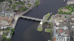 River Shannon At Limerich Stock Footage