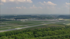 Landing At Chattanooga Airport Stock Footage