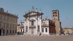 Mantua Cathedral in Piazza Sordello Stock Footage