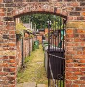 Styal, Cheshire, UK. July 26th 2016. Back alley of Quintessential english cot Stock Photos