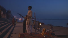 Hindu ceremony on the bank of Ganges River during Kumbh Mela Stock Footage
