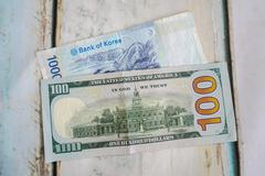 Korean wong and american dollar usd Stock Photos
