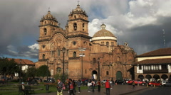 Afternoon wide angle view of the church of the society of jesus in cusco Stock Footage