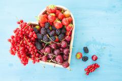 Frische rote Fruechte - stock photo